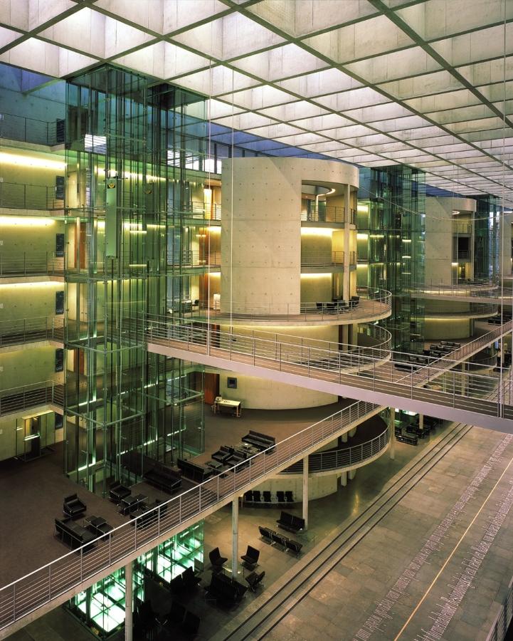 deutscher bundestag 14 - Bundestag tedesco a Berlino -
