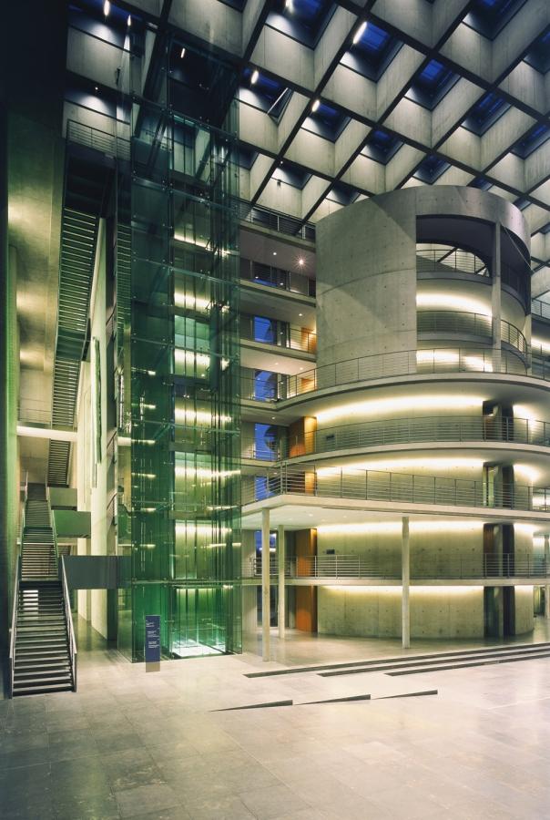 deutscher bundestag 18 - Bundestag tedesco a Berlino -