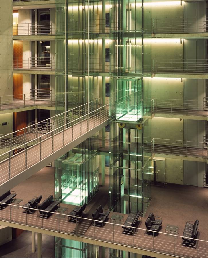 deutscher bundestag 21 - Bundestag tedesco a Berlino -
